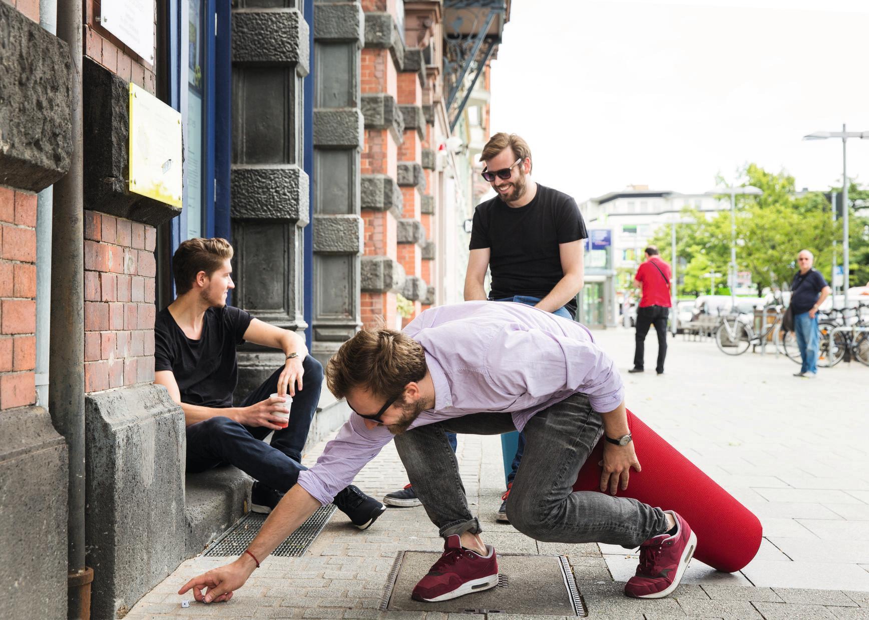 Stand-Up Sitzhocker Wilkhahn Hellblau