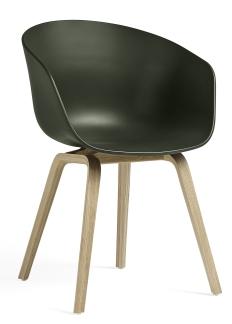 About A Chair AAC22 / AAC 22 Stuhl Hay Eiche geseift - Grün