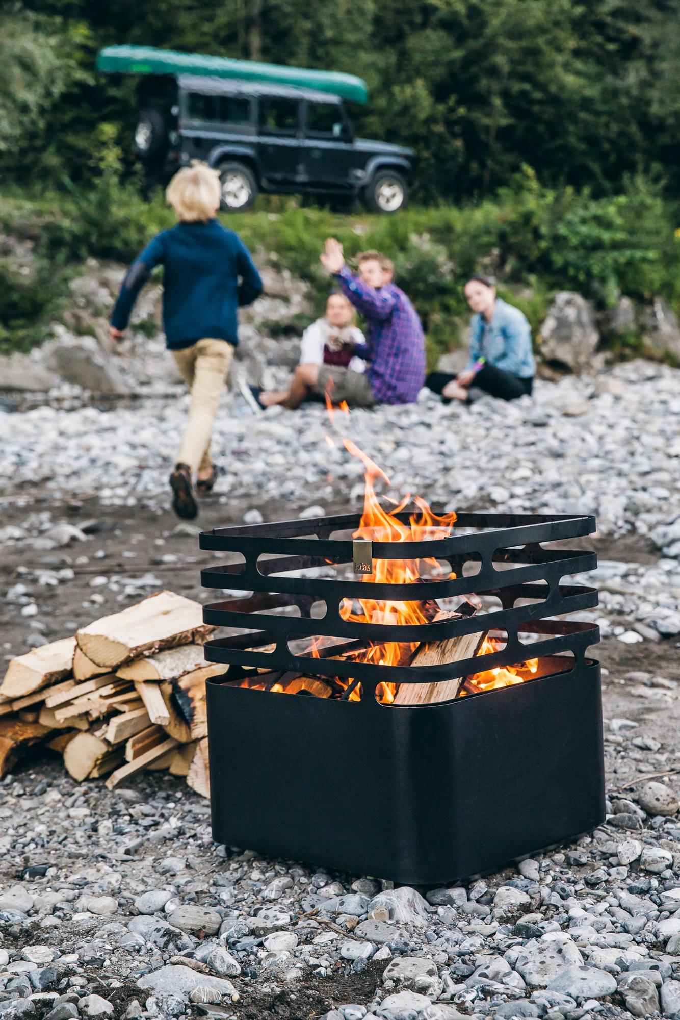 Cube Feuerkorb schwarz höfats