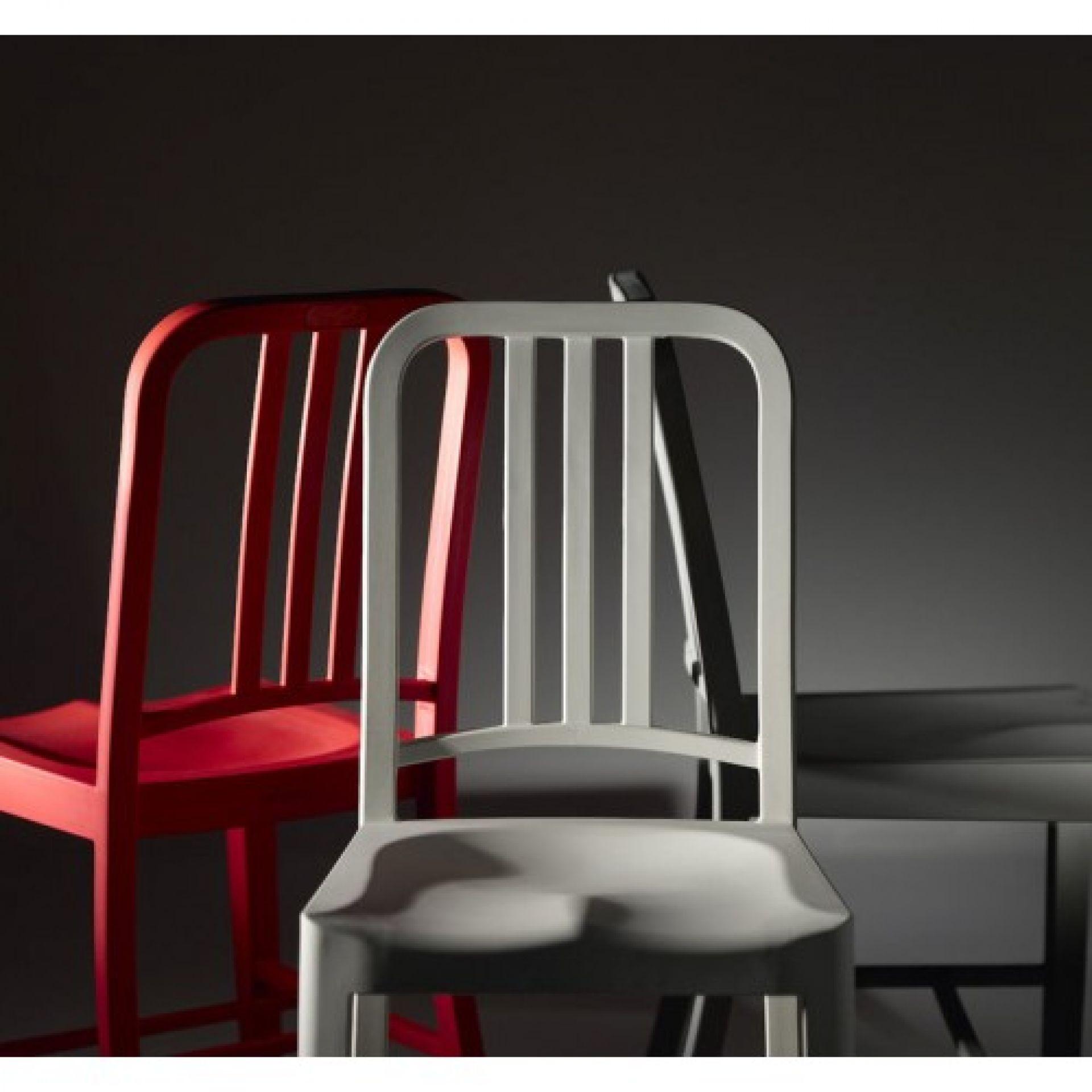 111 Navy Coca-Cola Stuhl von Emeco
