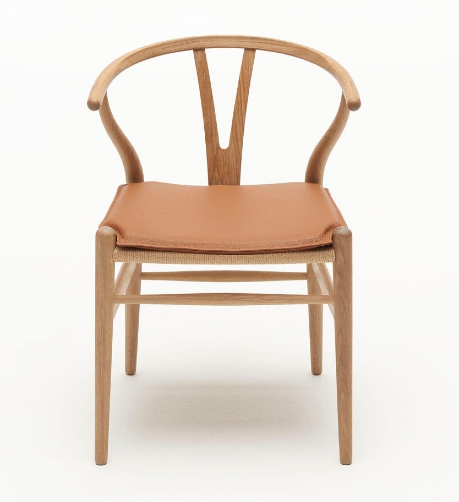 Sitzkissen für CH24 Wishbone Chair braun Carl Hansen
