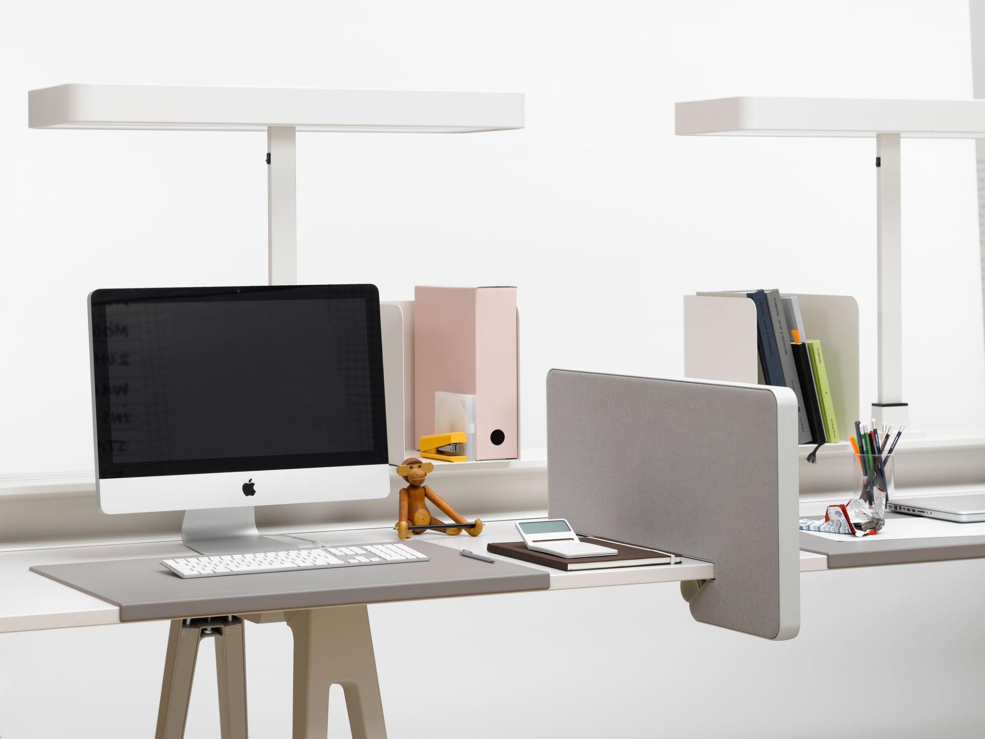 Joyn Schreibtischunterlage Vitra Mauve grau