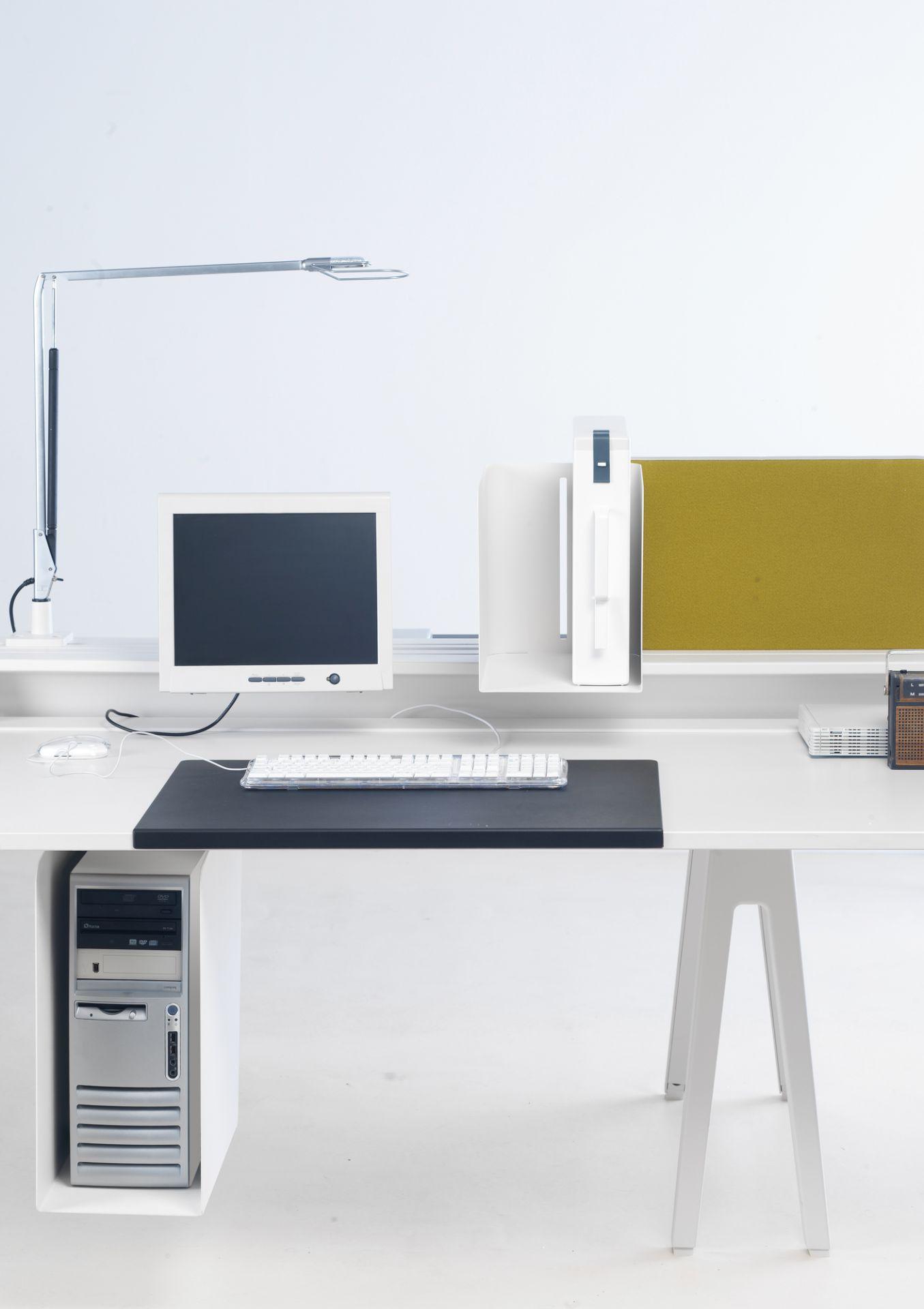 Joyn Schreibtischunterlage Vitra Basic dark